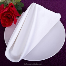 Chinese factory OEM production 100% cotton restaurant dinner table napkin folding design white