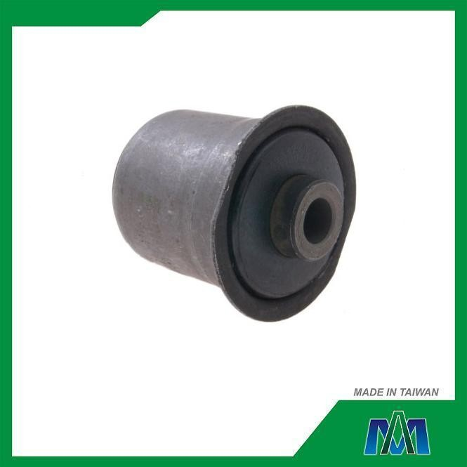 LOWER CONTROL ARM BUSHING FOR CHEVROLET JEEP GRAND CHEROKEE WJ 99 04 52088220 SUSPENSION PARTS MADE IN TAIWAN
