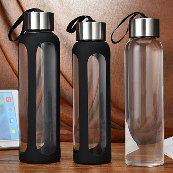 Five star best price 1L borosilicate glass water bottle with black silicone