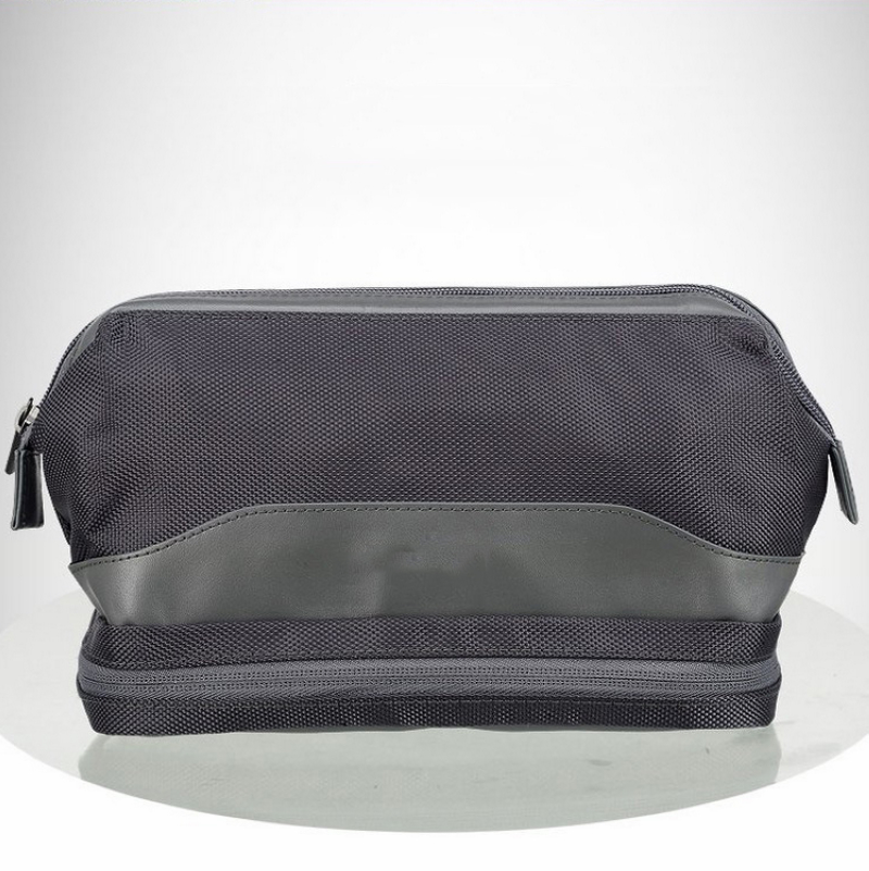 Quality Pouch men's toiletry bag for <strong>travel</strong>