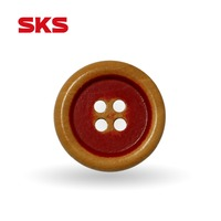 New design 4-holes natural painted wooden Buttons with high quality for clothing