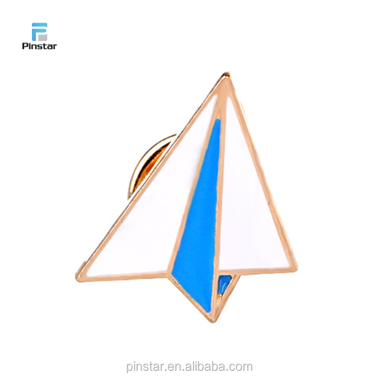 China Manufacturer High Quality Enamel Lapel Pin Paple Plane Shape Badge
