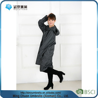 Lady's Fashion wholesale disposable poncho raincoat