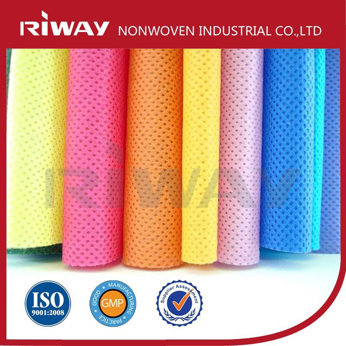 Eco-friendly biodegradable apertured spunlace nonwoven fabric