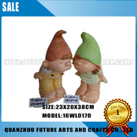 Resin Crafts Decorative Wedding Figurines Boy And Girl Statue (16WL0170)