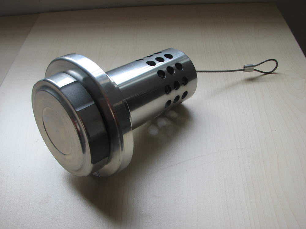 Aluminum anti fuel theft device with keyalloy 126507