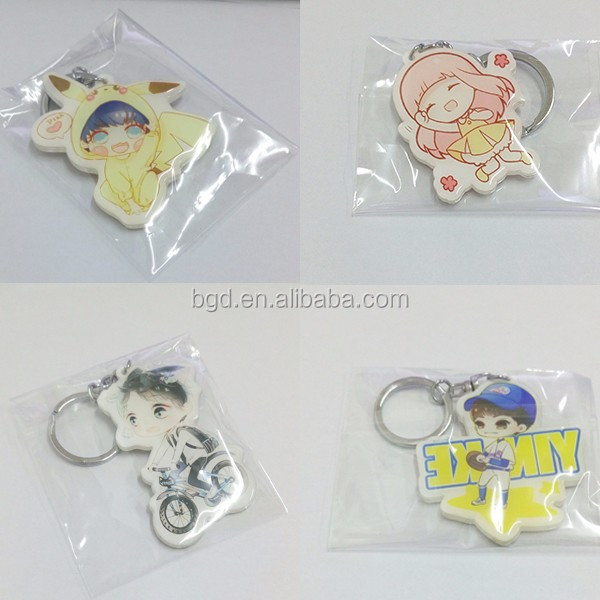 Wholesale 2017 Yiwu decorative fashion logo custom acrylic keychain cheap OEM printed cartoon anime plastic clear charms