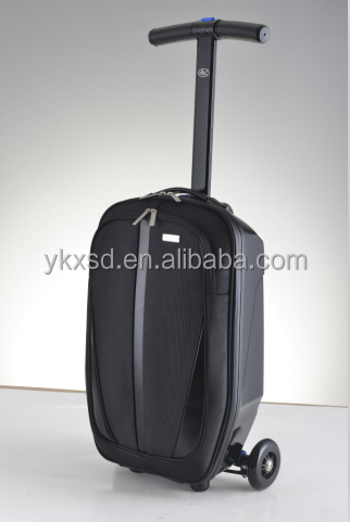 Fashionable and futuristic design travel trolley luggage bag with CE