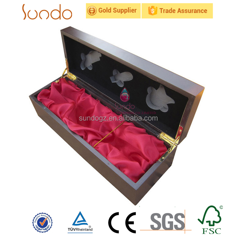 matte lacquering MDF wood wine box metal logo