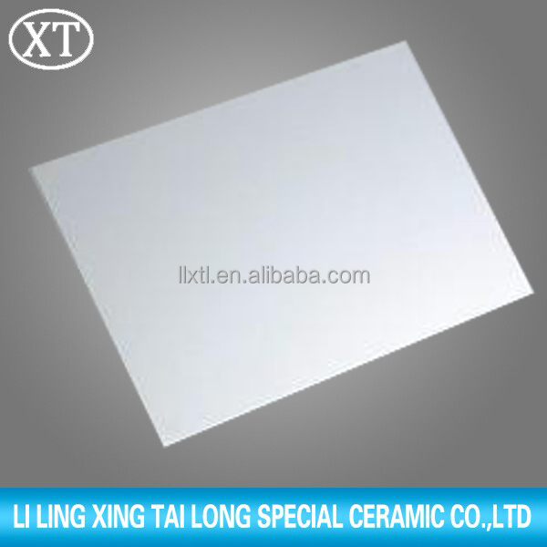 99% Alumina White Al2O3 Ceramic Plate With Holes