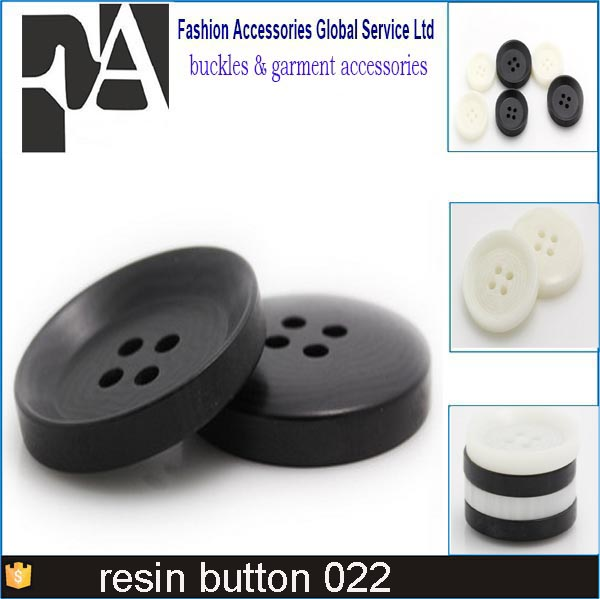 Factory sale custom 4 hole black color button plastic resin sewing black button for shirt resin button factory
