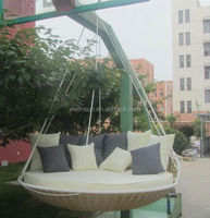 Outdoor round hanging bed