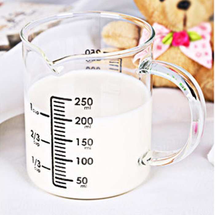OXGIFT microwave safe thick milk drinking glass, borosilicate glass measuring cup 250ml