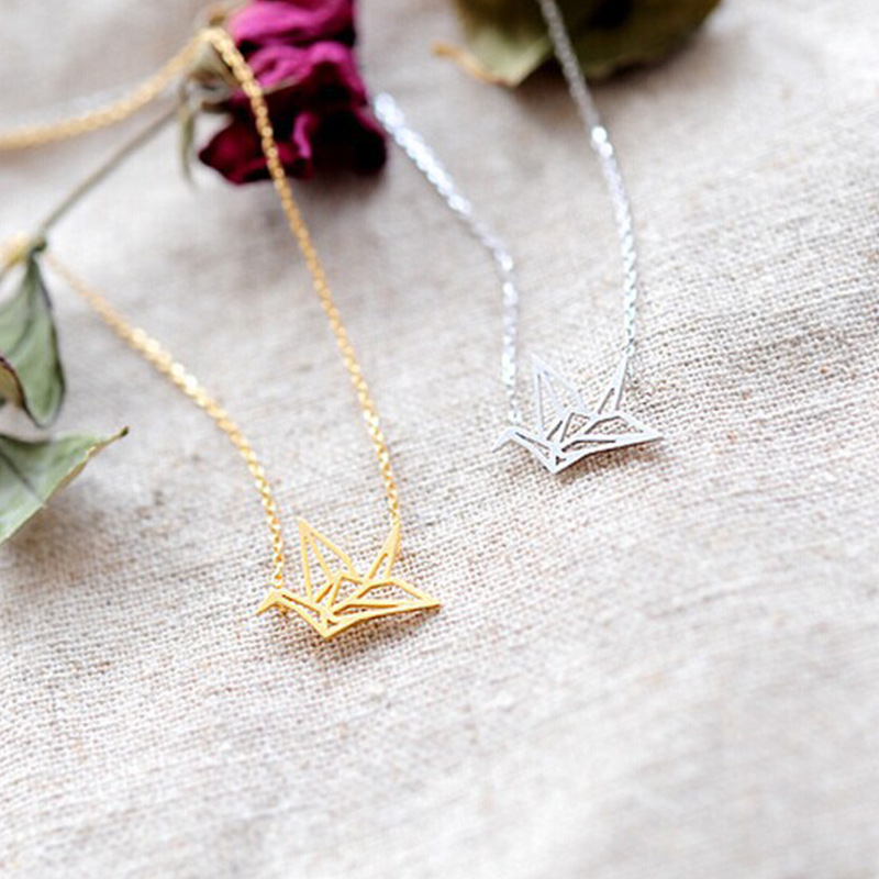 2017 New Arrival Women Origami Crane Necklace Origami Bird Necklace,Cute Dove Necklace
