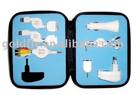 Retractable Travel Kit for iPod (GF-C20)