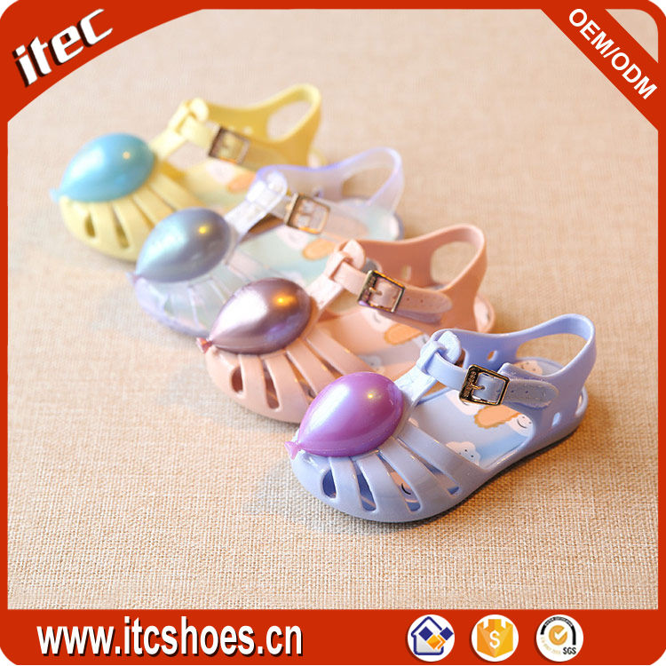 Wholesale colorful fashion crystal girl sandals with buckle