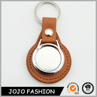 Factory Direct Sale Custom bottle opener Keychain With Your Own Logo leather key chain