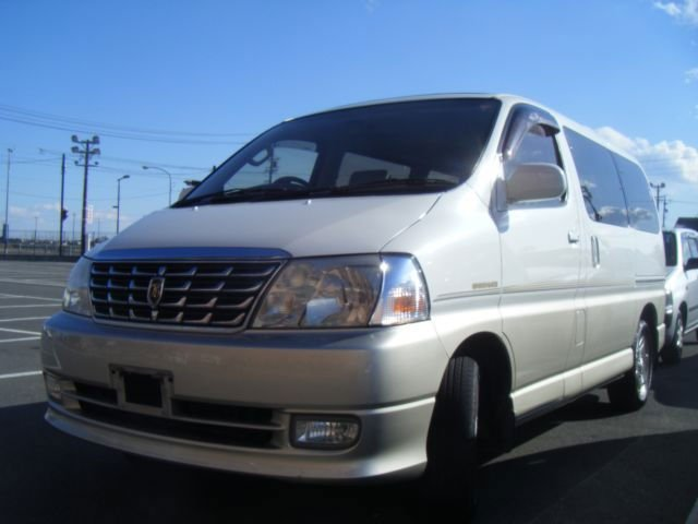 2001 TOYOTA Grand Hiace VCH10W-0024607 USED CAR FOB US$3250