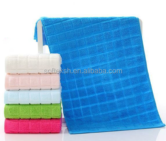 China Export Luxury Soft Extra Large Cotton Bath Towel for Hotel & Home Use with Full Package Service in stock