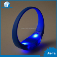 Sound Sensor or Motion Sensor Wristbands Flashing Silicon Led Light Up Wristbands