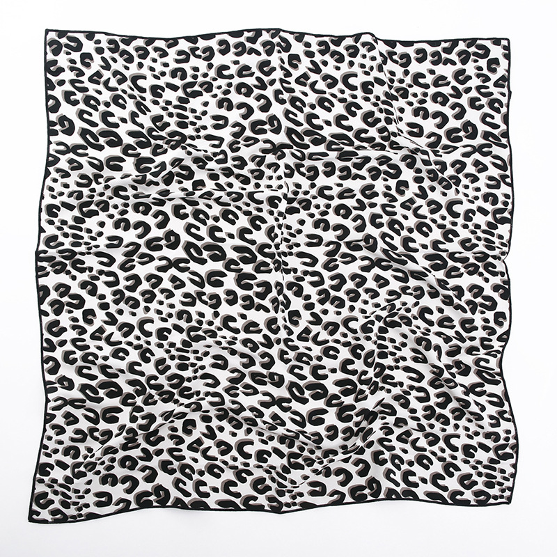Amazon Best Selling Multifunctional Chiffon Leopard Silk Scarf