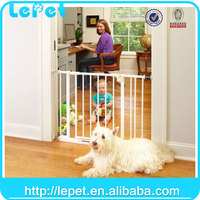 Custom logo wholesale Automatic pet friendly baby safety gate child safety door