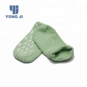 as seen on tv beauty gift spa gel socks gel gloves/foot cooling spa silicone moisturizing gel socks