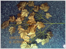 artificial golden maple leaves/ fake leaves / artificial leaf for christmas decoration