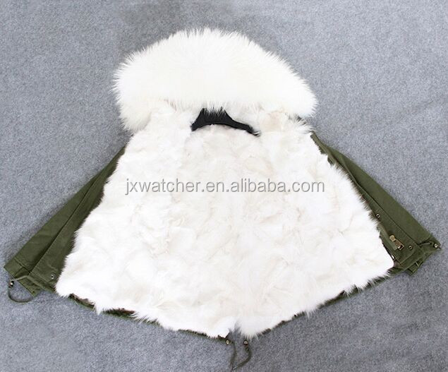 2016 Top Fashion Thick Short Women Fox Fur Lined Ladies Parka with Fur Hood