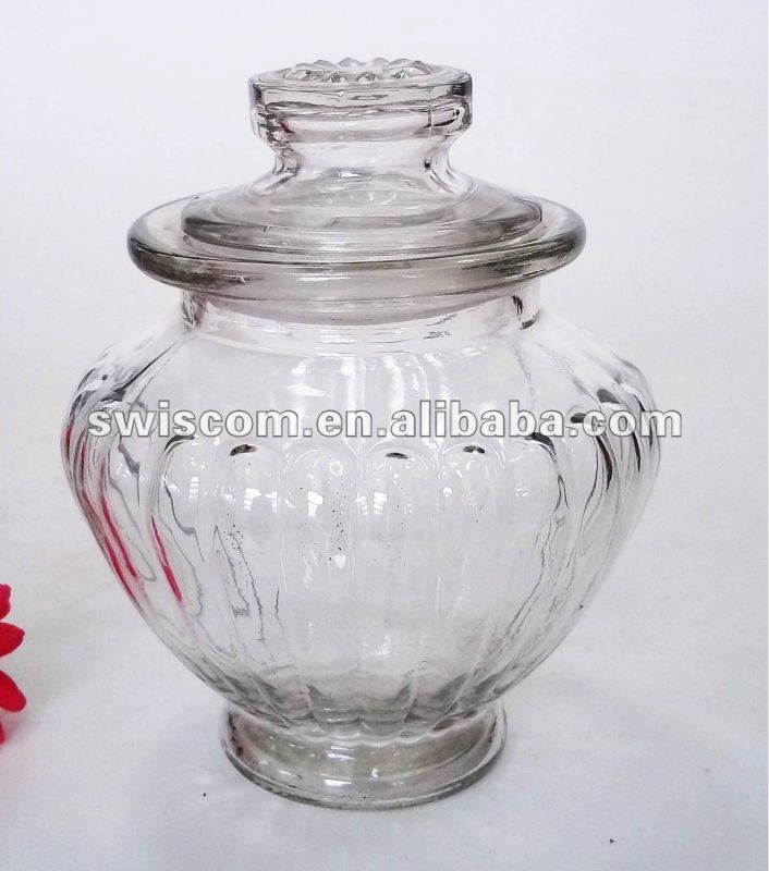 round clear glass jar and lid
