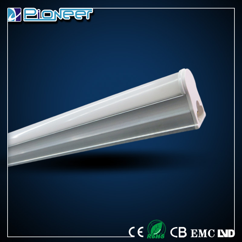 Low price aluminium housing 12ft t5 led tub 1440lm 18w