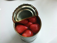 canned strawberry in syrup in tin 425ml whole canned fruit