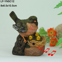New design animated singing artificial bird in resin for home decor