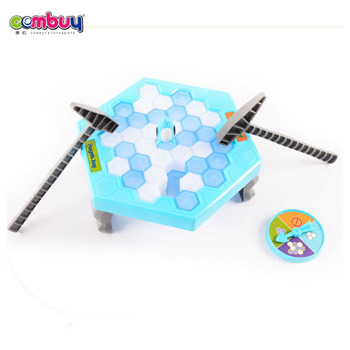 Hot Selling kids play Ice breaker game baby toy trap penguin skating