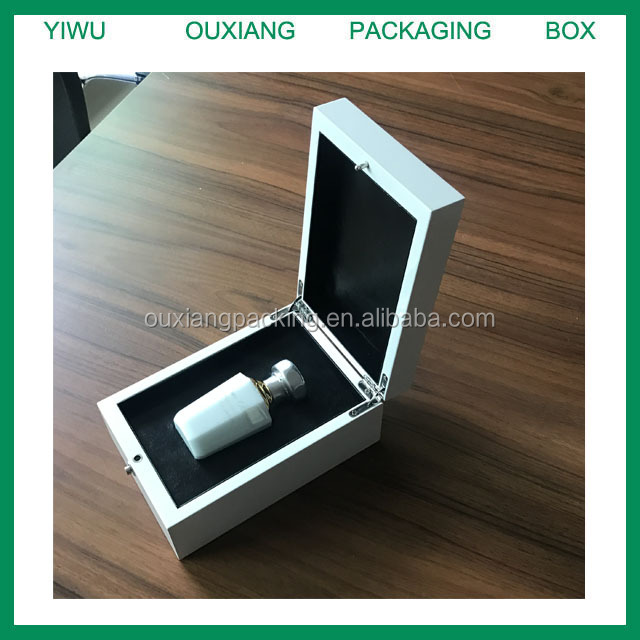 2017 new design custom need luxury piano white lacquer finish wooden perfume bottle packaging box