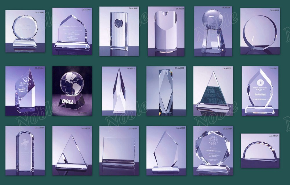 Customized Different Color Resin Globe Trophy Awards