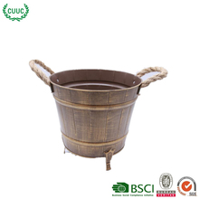 2018 new design antique golden metal flower pot stand with highheel