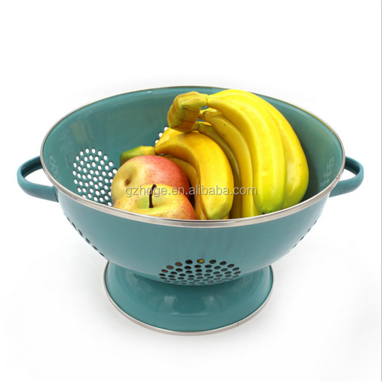 User-Friendly Enamel Fruit Vagetable Colander Basket With Handle And Stainless Steel Rim