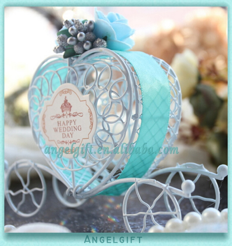 Wedding Favors Heart Green Blue Ribbon Light Blue Flower Metal Carriage Chocolate Box