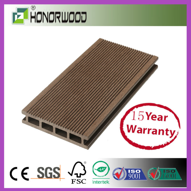 2017 hot sale high quality wood polymer material wpc composite decking price