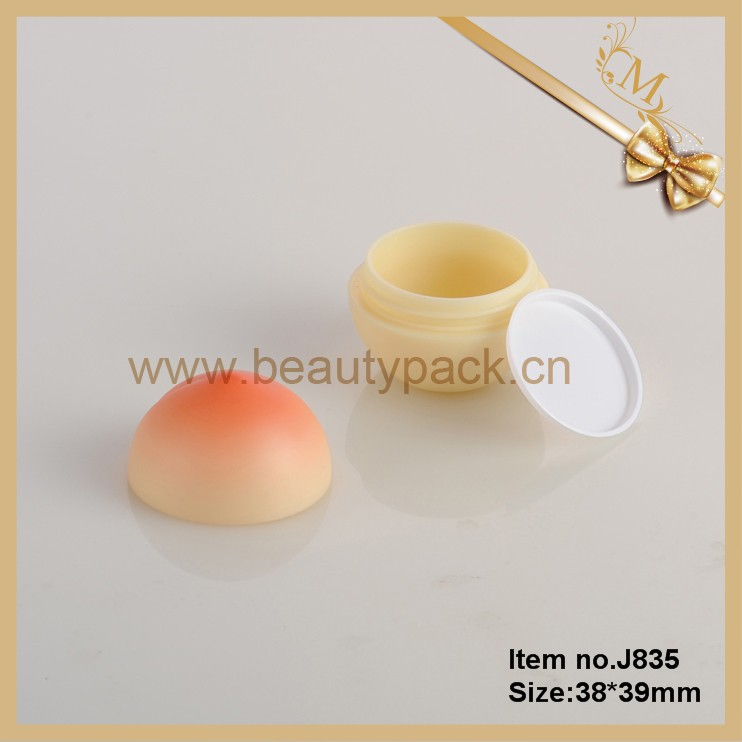 2016 lovely plastic peach shaped 5g cosmetics jar