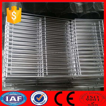304 stainless steel 10 gauge 1/2 inch square hole welded wire mesh panel in roll for dog made in machine