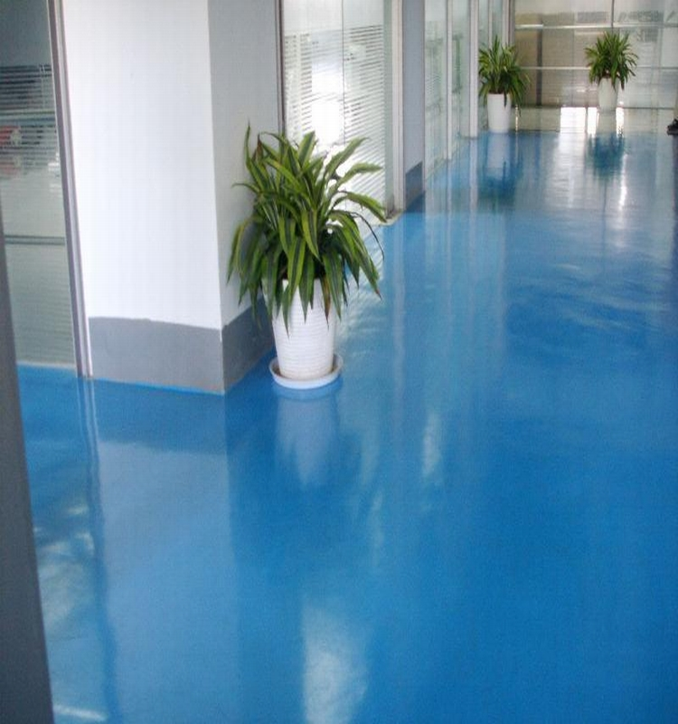 Environmental solvent free scratch resistant floor coating