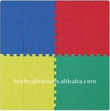 Hot-selling Non-toxic kid plastic play mat HT-M031