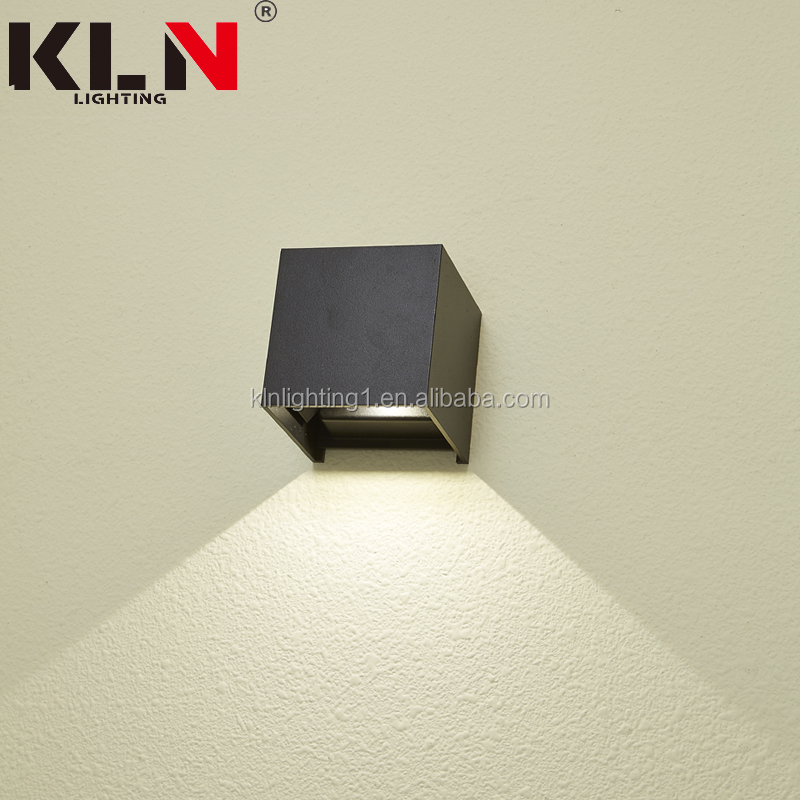 2019 New design Modern Waterproof LED Square Outdoor Wall Lamp Sconce