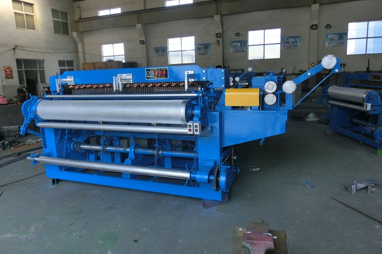 Metal wire netting weld machine