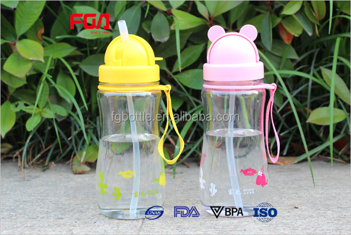 BPA free Cute children plastic drinking water bottle with scraw