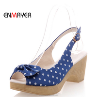 Wholesale sweet fashion fabric polka dot butterfly knot peep-toe wedge low chunky heel summer sandals with buckle strap