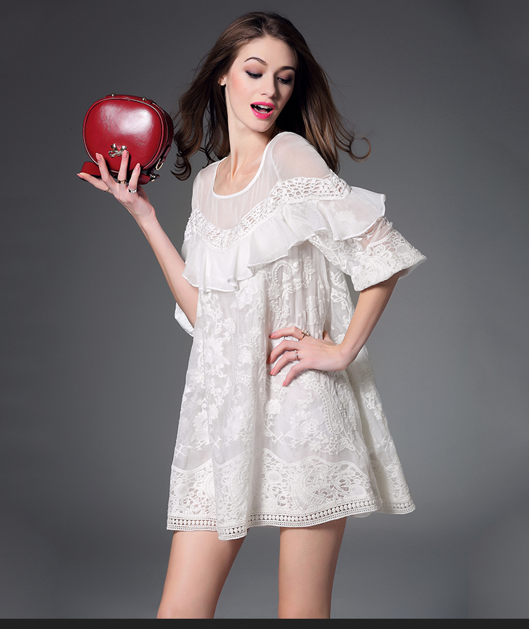 Summer new bat sleeve loose elegant embroidery lace dress