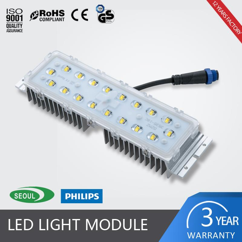 Led road light module solar retrofit kits with high brightness CRI 70